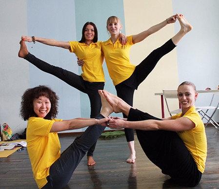 Где можно обучаться йоге