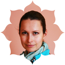 Федака Анна – руководитель курса, инструктор-преподаватель Федерации йоги России