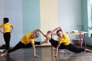 Новые выпускники курса инструкторов хатха-йоги, группа Март-2014