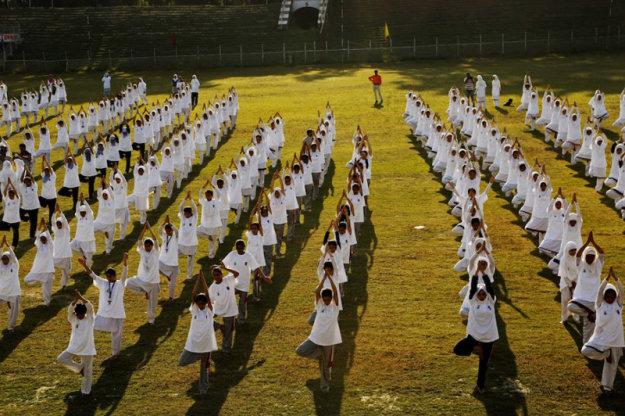 Международный день йоги в Шринагаре, Индия