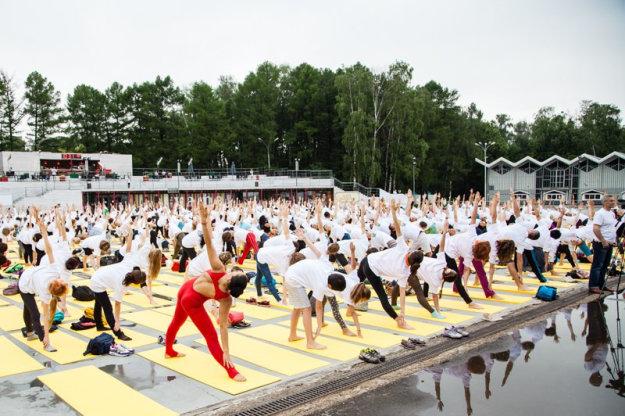 Первый Международный день йоги, Москва, Россия