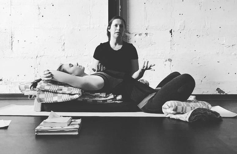 Йога для беременных в Федерации йоги России