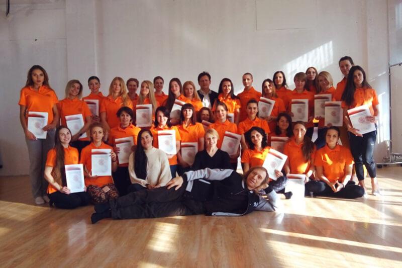 Выпуск хатха-йоги в Школе инструкторов йоги