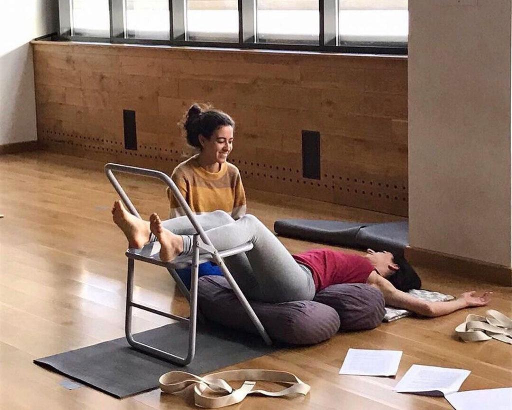 Йога для беременных, перинатальная йога в Школе инструкторов йоги Федерации йоги России